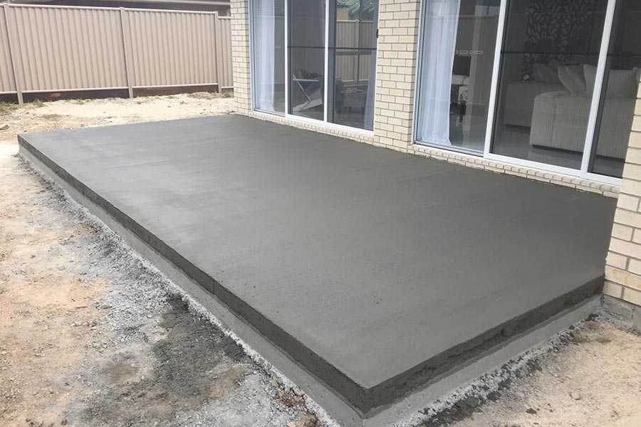 Flagstone construction maison b ton arm for Pave decoration exterieur